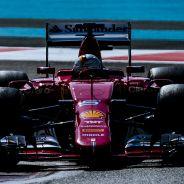 Sebastian Vettel en el test de Abu Dabi - LaF1