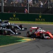 Vettel lideró gran parte de la carrera tras ponerse líder en la primera curva del Gran Premio de Australia - LaF1