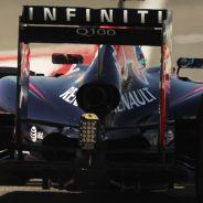 Sebastian Vettel y el RB10 en Baréin - LaF1