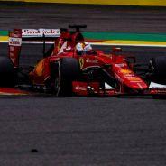 Vettel durante la carrera de Spa con el juego de gomas que le apartaría del podio - LaF1