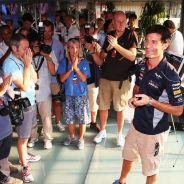 Homenaje a Mark Webber en el motorhome de Red Bull - LaF1