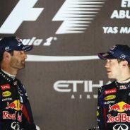 Mark Webber y Sebastian Vettel en el podio del GP de Abu Dabi 2013 - LaF1