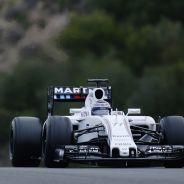 Valtteri Bottas con el FW37 - LaF1.es