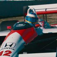 Alonso se pone al volante del McLaren MP4-4 de Senna