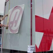Haas F1 se decanta por el gris y el rojo como colores de sus camiones