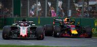 Romain Grosjean y Daniel Ricciardo en Australia - SoyMotor.com
