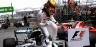 Hamilton sigue haciendo historia - SoyMotor