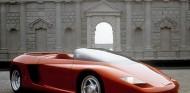 El Mythos, desarrollado por Pininfarina, gozaba de una estampa inspirada en los roadster de los 60 - SoyMotor.com