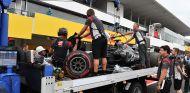 VF-17 de Romain Grosjean en Suzuka - SoyMotor.com