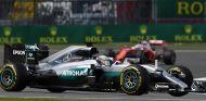 Lewis Hamilton durante la clasificación en Silverstone - LaF1