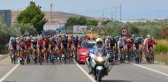 Así es el operativo de la Guardia Civil en La Vuelta Ciclista a España - SoyMotor.com