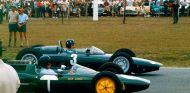 Jim Clark y Graham Hill en la parrilla de salida de Sudáfrica 1962 - SoyMotor