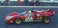 Nino Vaccarella a bordo del Ferrari 512S en 1970 - SoyMotor.com