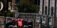 Vettel fue el más rápido en los Libres 2 - SoyMotor.com