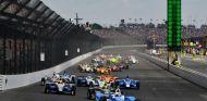 Momento de la salida de la Indy 500 - SoyMotor.com