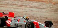 Ayrton Senna con el Penske Chevrolet PC22 Indycar en Arizona - SoyMotor.com