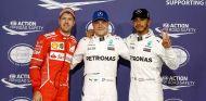 Sebastian Vettel, Valtteri Bottas y Lewis Hamilton en Yas Marina - SoyMotor.com