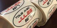 Vergne moviliza al paddock con un adhesivo en apoyo a Bianchi - LaF1