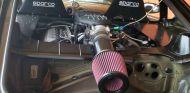 El espacio ha sido uno de los problemas de esta modificación un tanto salvaje del Porsche Cayman - SoyMotor