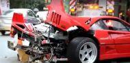 En este deplorable estado quedaba el Ferrari F40 tras el accidente. Trasera irreconocible - SoyMotor