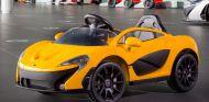 Este McLaren P1 eléctrico además tiene una configuración de asiento central, como el mítico McLaren F1 - SoyMotor
