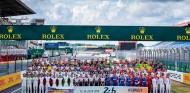 Los pilotos de las 24 Horas de Le Mans posan para la foto oficial - SoyMotor.com