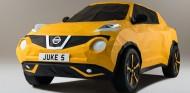 La habilidad y la técnica origami ha convertido el papel en un Nissan Juke a tamaño real - SoyMotor
