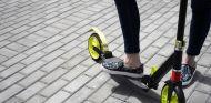 Los patinetes eléctricos han conquistado las grandes ciudades - SoyMotor.com