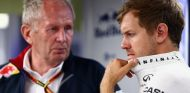 Sebastian Vettel, pensativo en Montecarlo junto a Helmut Marko - LaF1