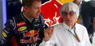 Sebastian Vettel y Bernie Ecclestone, en Rusia - LaF1