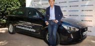 Pedro Delgado, ex ciclista y comentarista de TV, es el padrino y mentor de la iniciativa #JuntosEnElAsfalto - SoyMotor