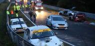 Accidente en cadena en Nordschleife - SoyMotor.com
