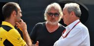 Cyril Abiteboul, Flavio Briatore y Jerome Stoll en Monza - SoyMotor.com
