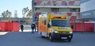 La ambulancia que llevó a Alonso al centro médico del Circuit de Barcelona-Catalunya - LaF1