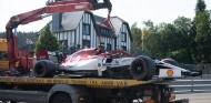 Giovinazzi pudo perder su asiento por su accidente en Spa - SoyMotor.com