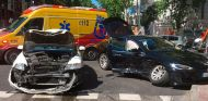 Accidente entre un taxi Skoda y un Tesla Model S en Madrid - SoyMotor.com