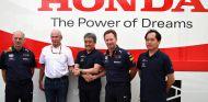 Foto del acuerdo de Honda y Red Bull – SoyMotor.com