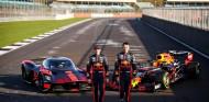 Max Verstappen y Alexander Albon con el Aston Martin Valkyrie - SoyMotor.com
