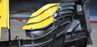 Detalle del alerón delantero del RS18 en Montreal - SoyMotor.com