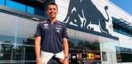Alex Albon ya viste de Red Bull