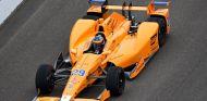 Alonso en su primer test con el Dallara DW12 - SoyMotor.com