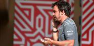 """Brown: """"Si le damos a Alonso un buen coche, le vamos a conservar"""" - SoyMotor.com"""