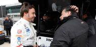 """Alonso, sobre la IndyCar: """"Divierte más, enciendes el motor y te vas"""" - SoyMotor.com"""