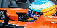 Alonso recuerda que hay pilotos en situaciones parecidas a la suya - SoyMotor.com