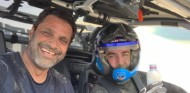 Alonso, de clase magistral de dunas con Al-Attiyah en Catar - SoyMotor.com