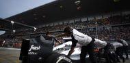 El MP4-30 de Alonso entrando a su box en Shanghai - LaF1.es