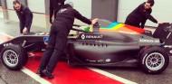 Primer test del equipo de Fórmula Renault de Alonso - SoyMotor.com