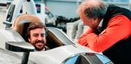 Alonso se hace el asiento para las 500 Millas de Indianápolis 2019 - SoyMotor.com
