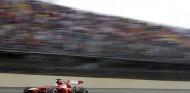 Alonso cometía menos errores que Leclerc en Ferrari, afirma Fiorio - SoyMotor.com