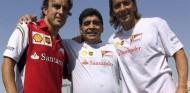 El mundo de las carreras llora el fallecimiento de Diego Maradona - SoyMotor.coma